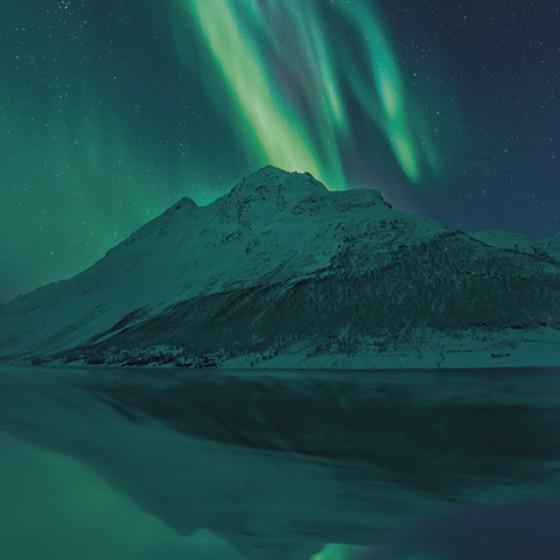 Fototapeet Stefan Hefele - The Heavenly Magician SH011-VD1