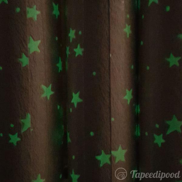 Tapeet 71004 tähtedega (pimedas helendab)